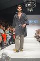 Vienna Fashion Week Finalshow - MQ Vienna Fashion Week Zelt - So 13.09.2015 - 85