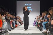 Vienna Fashion Week Finalshow - MQ Vienna Fashion Week Zelt - So 13.09.2015 - Emma LANFORD94
