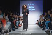 Vienna Fashion Week Finalshow - MQ Vienna Fashion Week Zelt - So 13.09.2015 - Emma LANFORD95