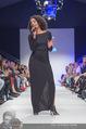 Vienna Fashion Week Finalshow - MQ Vienna Fashion Week Zelt - So 13.09.2015 - Emma LANFORD96