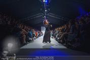 Vienna Fashion Week Finalshow - MQ Vienna Fashion Week Zelt - So 13.09.2015 - Emma LANFORD99
