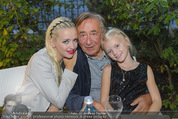 California Party - Melrose - Mi 16.09.2015 - Richard und Cathy LUGNER mit Tochter Leonie67