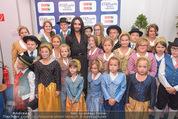 Starnacht Wachau - Wachau - Sa 19.09.2015 - Conchita WURST mit Kindern55