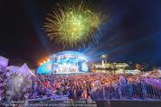 Starnacht Wachau - Wachau - Sa 19.09.2015 - Zuschauer, Publikum, B�hne, G�ste, �bersichtsfoto, Feuerwerk84