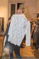 Fashion for Charity - Bestseller Headquarter - Do 24.09.2015 - Amdrea BUDAY beim Shoppen177