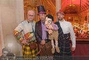 Almdudler Trachtenprächenball - Rathaus - Fr 25.09.2015 - Thomas KLEIN mit Klein Thomas Puppe, MASCHEK51
