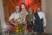 Almdudler Trachtenprächenball - Rathaus - Fr 25.09.2015 - MASCHEK mit Klein Thomas Puppe62