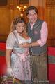 Almdudler Trachtenprächenball - Rathaus - Fr 25.09.2015 - Andrea BOCAN mit Ehemann Thomas66