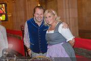 Almdudler Trachtenprächenball - Rathaus - Fr 25.09.2015 - Martin und Vivien GASTINGER68