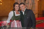 Almdudler Trachtenprächenball - Rathaus - Fr 25.09.2015 - Andreas und Gabi WOJTA70