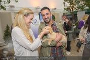 Milka - lila liebt grün - Palmenhaus - Fr 25.09.2015 - Patrizia KAISER, Fadi MERZA mit Hund Mia38