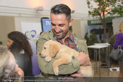 Milka - lila liebt grün - Palmenhaus - Fr 25.09.2015 - Fadi MERZA mit Hund Mia40