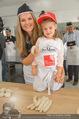 Promi Brioche Flechtwettbewerb - Brotwax - Mo 28.09.2015 - Martina KAISER mit Tochter Kiana20