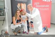Promi Brioche Flechtwettbewerb - Brotwax - Mo 28.09.2015 - Kurt MANN mit Joanna und Tochter Tamara6
