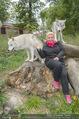 Wolf Experience - Wolfsgehege Ernstbrunn - Mi 30.09.2015 - Susanna HIRSCHLER mit W�lfen, Wolf14