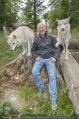 Wolf Experience - Wolfsgehege Ernstbrunn - Mi 30.09.2015 - Andy LEE LANG mit W�lfen, Wolf19