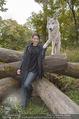 Wolf Experience - Wolfsgehege Ernstbrunn - Mi 30.09.2015 - Carina SCHWARZ mit W�lfen, Wolf35