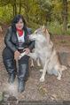 Wolf Experience - Wolfsgehege Ernstbrunn - Mi 30.09.2015 - Patricia STANIEK mit W�lfen, Wolf43