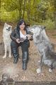 Wolf Experience - Wolfsgehege Ernstbrunn - Mi 30.09.2015 - Patricia STANIEK mit W�lfen, Wolf46