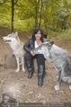 Wolf Experience - Wolfsgehege Ernstbrunn - Mi 30.09.2015 - Patricia STANIEK mit W�lfen, Wolf47