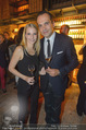 Weinkeller Opening - Planters Bar - Mi 07.10.2015 - Robert GLOCK mit Ehefrau Stefanie (?)17