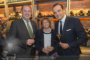 Weinkeller Opening - Planters Bar - Mi 07.10.2015 - Josef PR�LL, Robert GLOCK mit Mutter Helga2