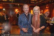 Weinkeller Opening - Planters Bar - Mi 07.10.2015 - Ossi SCHELLMANN mit Ehefrau Gabriele36