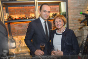 Weinkeller Opening - Planters Bar - Mi 07.10.2015 - Robert GLOCK mit Mutter Helga9