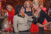 1. Wiener DamenWiesn - Wiener Wiesn Prater - Do 08.10.2015 - Regine SIXT, Michaela KLEIN141