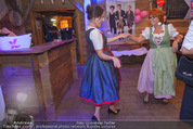1. Wiener DamenWiesn - Wiener Wiesn Prater - Do 08.10.2015 - Eva P�LZL und Inge KLINGOHR tanzen148