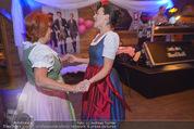 1. Wiener DamenWiesn - Wiener Wiesn Prater - Do 08.10.2015 - Eva P�LZL und Inge KLINGOHR tanzen149