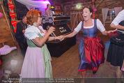 1. Wiener DamenWiesn - Wiener Wiesn Prater - Do 08.10.2015 - Eva P�LZL und Inge KLINGOHR tanzen153