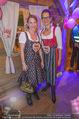 1. Wiener DamenWiesn - Wiener Wiesn Prater - Do 08.10.2015 - Birgit INDRA, Kristina SPRENGER46