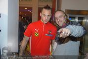 Österreich - Liechtenstein - Ernst Happel Stadion - Mo 12.10.2015 - Marko ARNAUTOVIC (Foto Selfie mit Fans)159