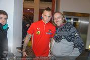 Österreich - Liechtenstein - Ernst Happel Stadion - Mo 12.10.2015 - Marko ARNAUTOVIC (Foto Selfie mit Fans)160
