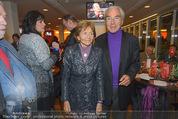 Österreich - Liechtenstein - Ernst Happel Stadion - Mo 12.10.2015 - Beppo MAUHART mit Ehefrau40