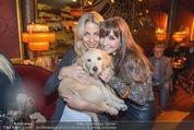 Baumann Kalenderpräsentation - Eden Bar - Mi 14.10.2015 - Yvonne RUEFF mit Hund Mia, Nelly BAUMANN60