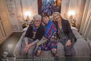 Charity Flohmarkt - Altstadt Hotel - Do 15.10.2015 - Claudia ST�CKL, Marianne KOHN, Inge PRADER4
