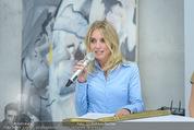 Pferd Kunstraum Opening - base11 - Di 20.10.2015 - Carola LINDENBAUER18