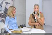 Pferd Kunstraum Opening - base11 - Di 20.10.2015 - Carola LINDENBAUER, Sigrid OBLAK27