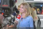 Pferd Kunstraum Opening - base11 - Di 20.10.2015 - 51