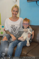 Sarah Connor Besuch - Ronald McDonald Kinderhilfehaus - Do 22.10.2015 - Sarah CONNOR mit Kasper19