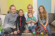 Sarah Connor Besuch - Ronald McDonald Kinderhilfehaus - Do 22.10.2015 - Sarah CONNOR mit Kindern29