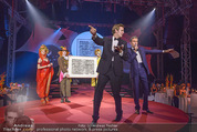 Ronald McDonald Gala - Marx Halle - Do 22.10.2015 - Alfons HAIDER, Philipp VON HUTTEN bei der Versteigerung303