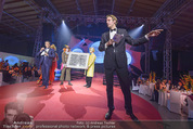 Ronald McDonald Gala - Marx Halle - Do 22.10.2015 - Alfons HAIDER, Philipp VON HUTTEN bei der Versteigerung304