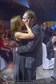 Ronald McDonald Gala - Marx Halle - Do 22.10.2015 - Christian KRPOUN macht Heiratsantrag330