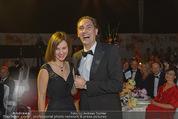 Ronald McDonald Gala - Marx Halle - Do 22.10.2015 - Christian KRPOUN macht Heiratsantrag336