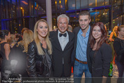 James Bond Spectre Kinopremiere - Cineplexx Wienerberg - Mi 28.10.2015 - Toni POLSTER mit Kinder Lisa-Maria u. Anton-Jesus sowie Mariella12