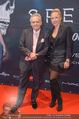 James Bond Spectre Kinopremiere - Cineplexx Wienerberg - Mi 28.10.2015 - Christian und Ekaterina MUCHA54