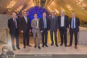 SPAR TTIP Expertentalk - Dachfoyer Hofburg - Mi 04.11.2015 - Gruppenfoto rund um Gastgeber Gerhard DREXEL25